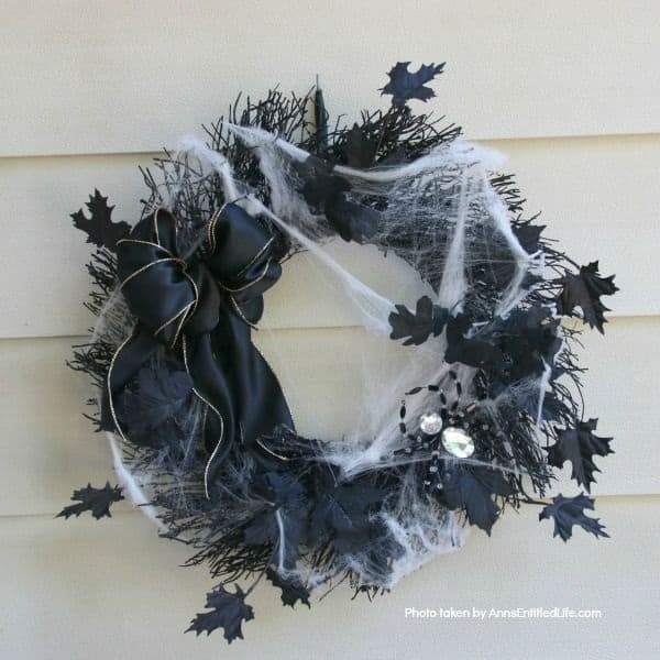 diy spider wreath diy halloween wreath