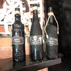4 black diy potion bottles diy halloween potion bottles